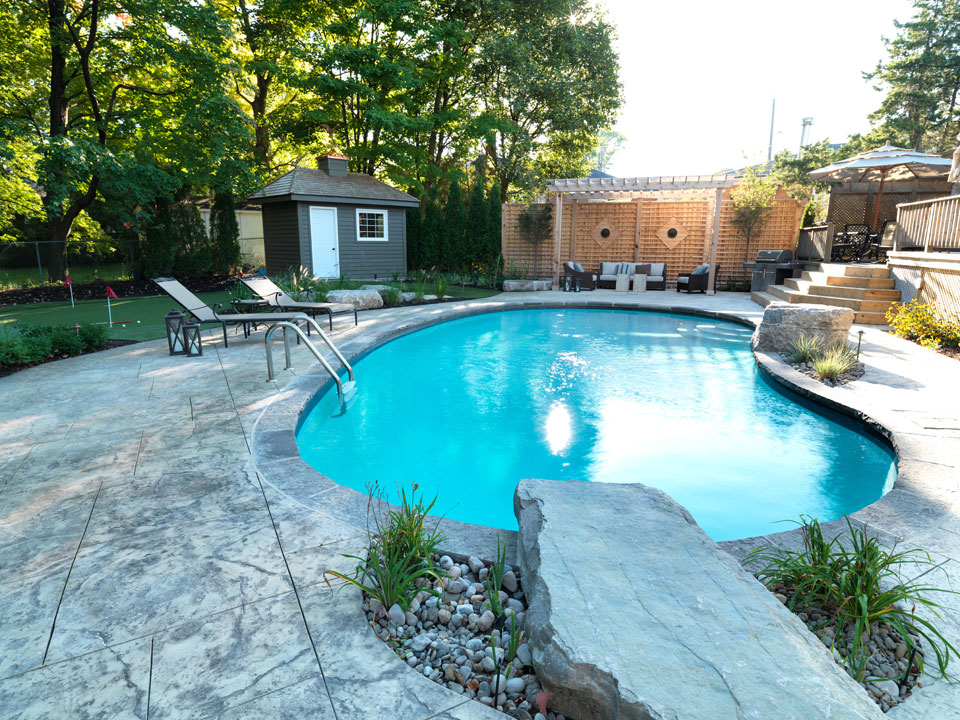 pools landscaping design toronto