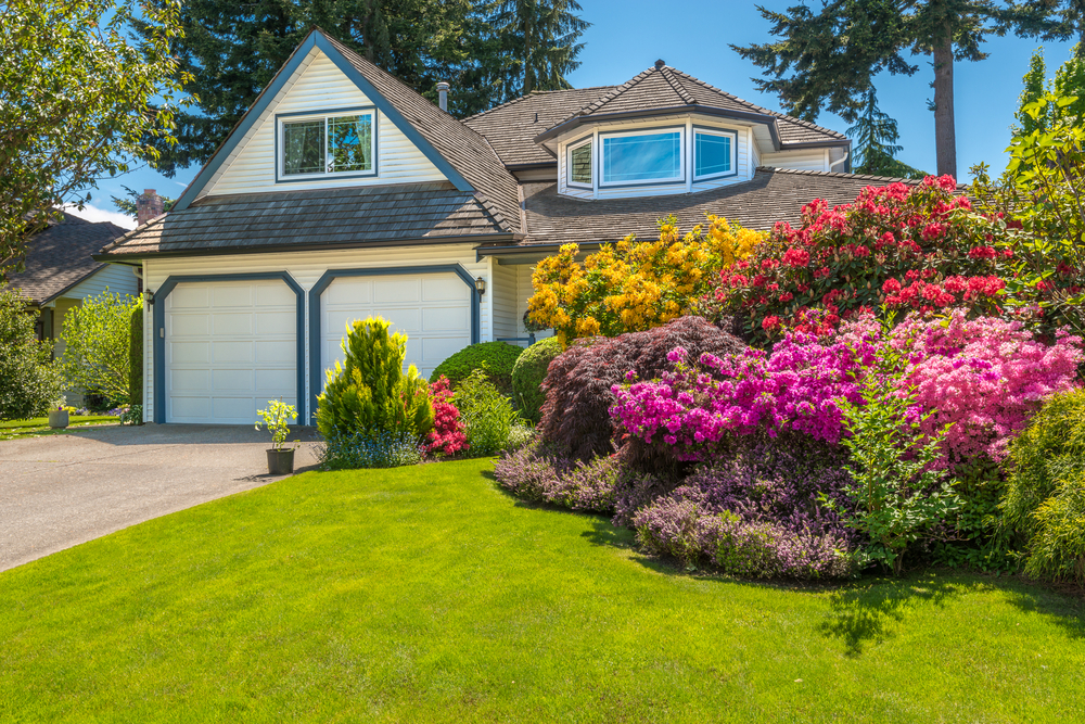 Five Ways Landscaping Boosts Curb Appeal